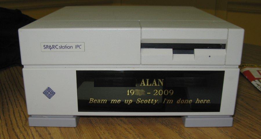 Computer urn